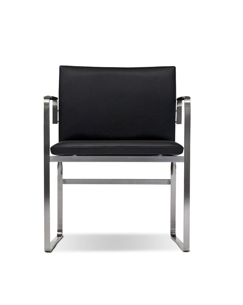 Chaise Arcadia CH11, design Hans J. Wegner