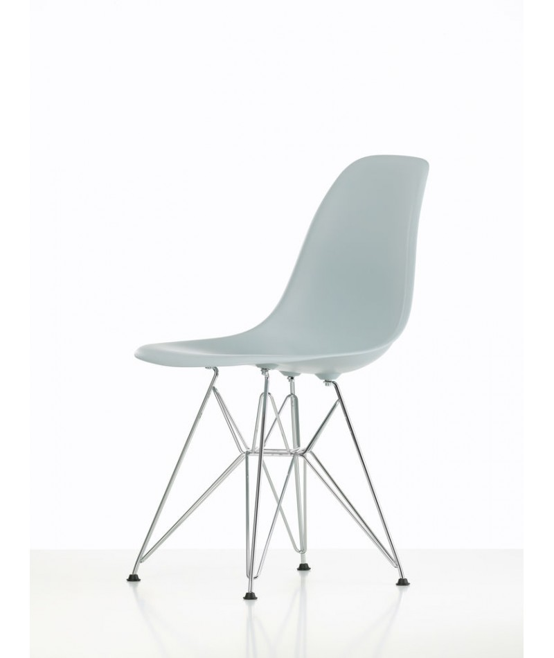 Keria Luminaires Nice : DSR chair design Charles & Ray Eames for Vitra La