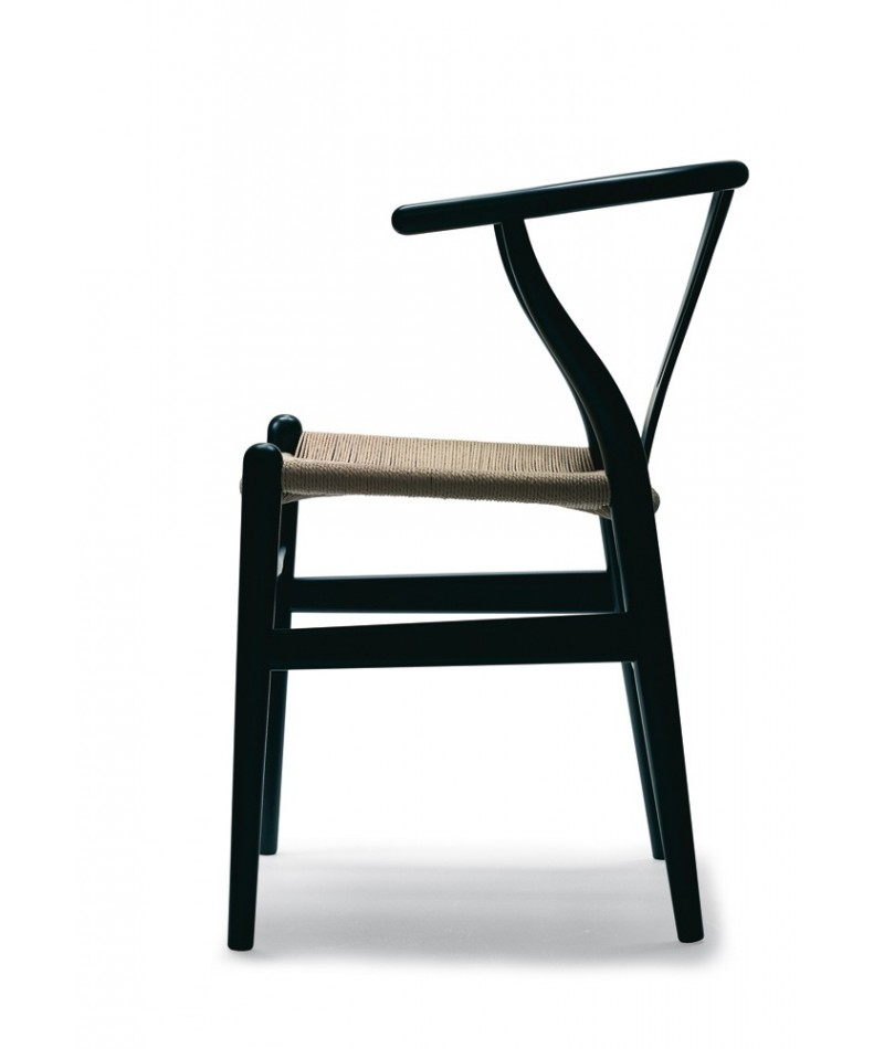 chaise ch24 wishbone design hans wegner pour carl hansen la boutique danoise. Black Bedroom Furniture Sets. Home Design Ideas