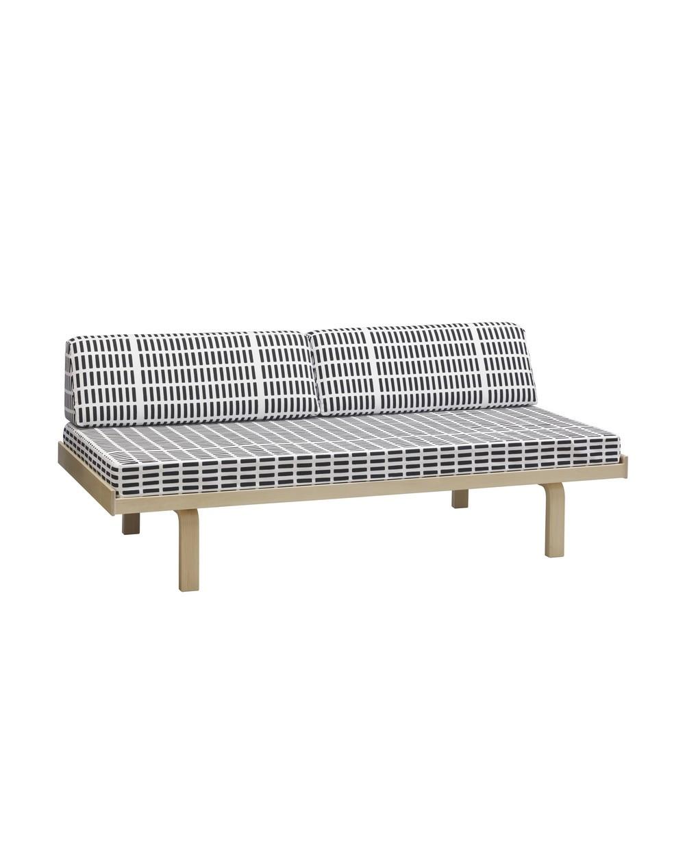 lit de jour 710 design alvar aalto pour artek la boutique danoise. Black Bedroom Furniture Sets. Home Design Ideas