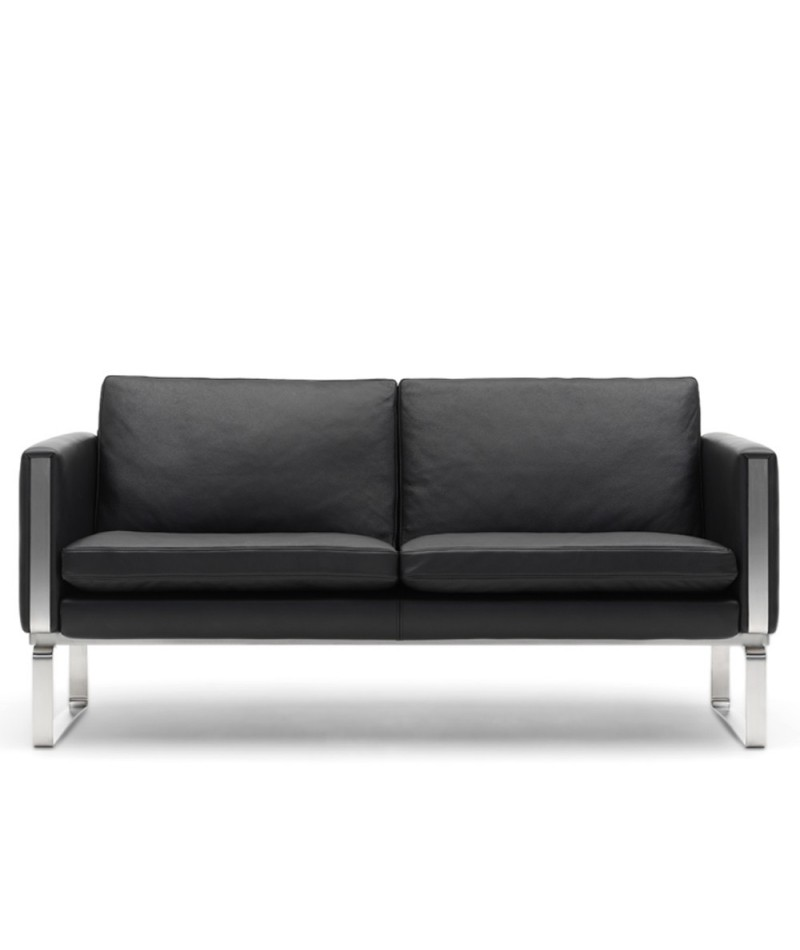 sofas ch 100 ch 102 ch103 ch101 by hans j wegner for carl hansen. Black Bedroom Furniture Sets. Home Design Ideas