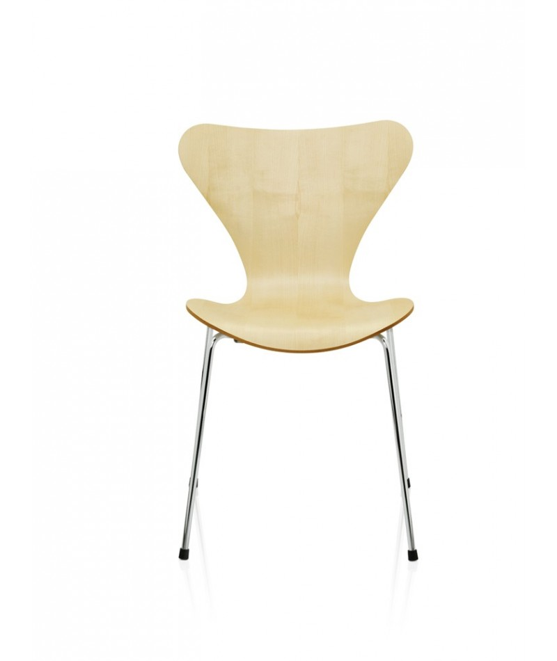 Series 7 chair arne jacobsen design for fritz hansen la for Chaise arne jacobsen