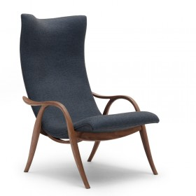 Signature lounge chair, Frits Henningsen design for Carl Hansen