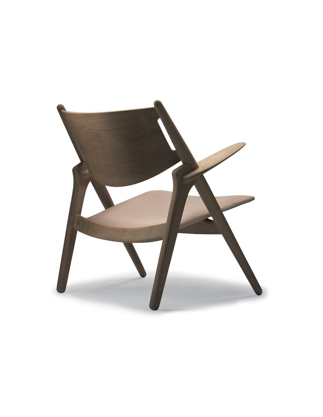 fauteuil ch28 design danois par hans wegner pour carl hansen. Black Bedroom Furniture Sets. Home Design Ideas