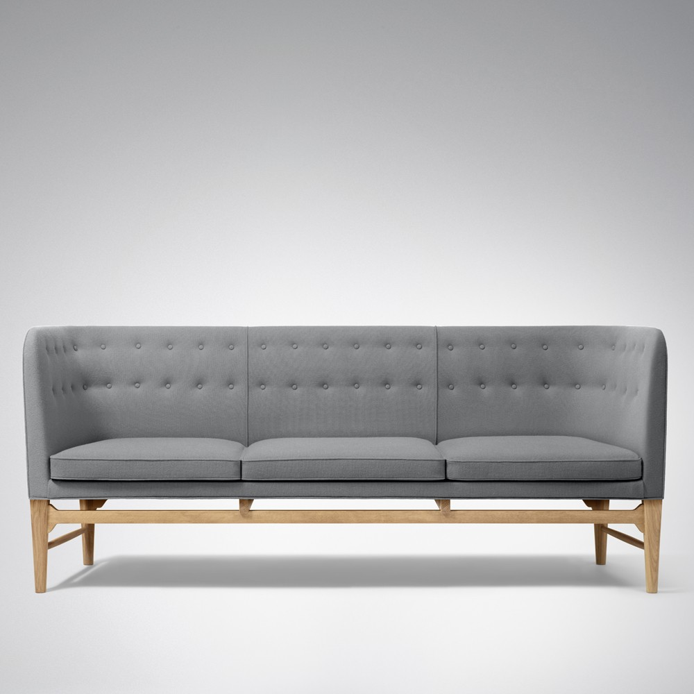 Sofa Mayor Designed By Arne Jacobsen For And Tradition La